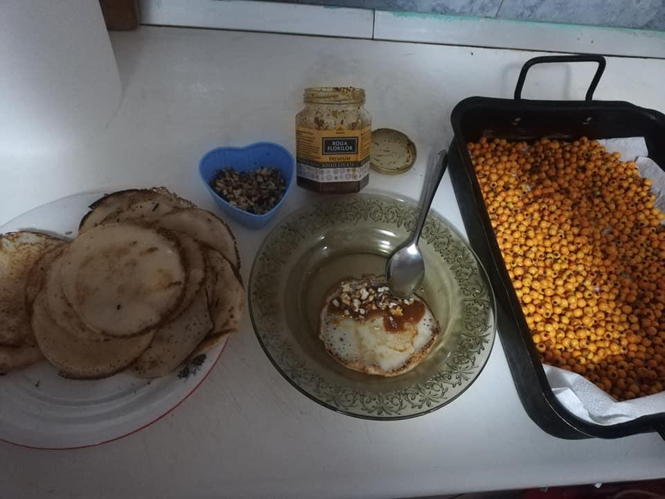 Bomboanele cu miere- desert sau prevenție ?
