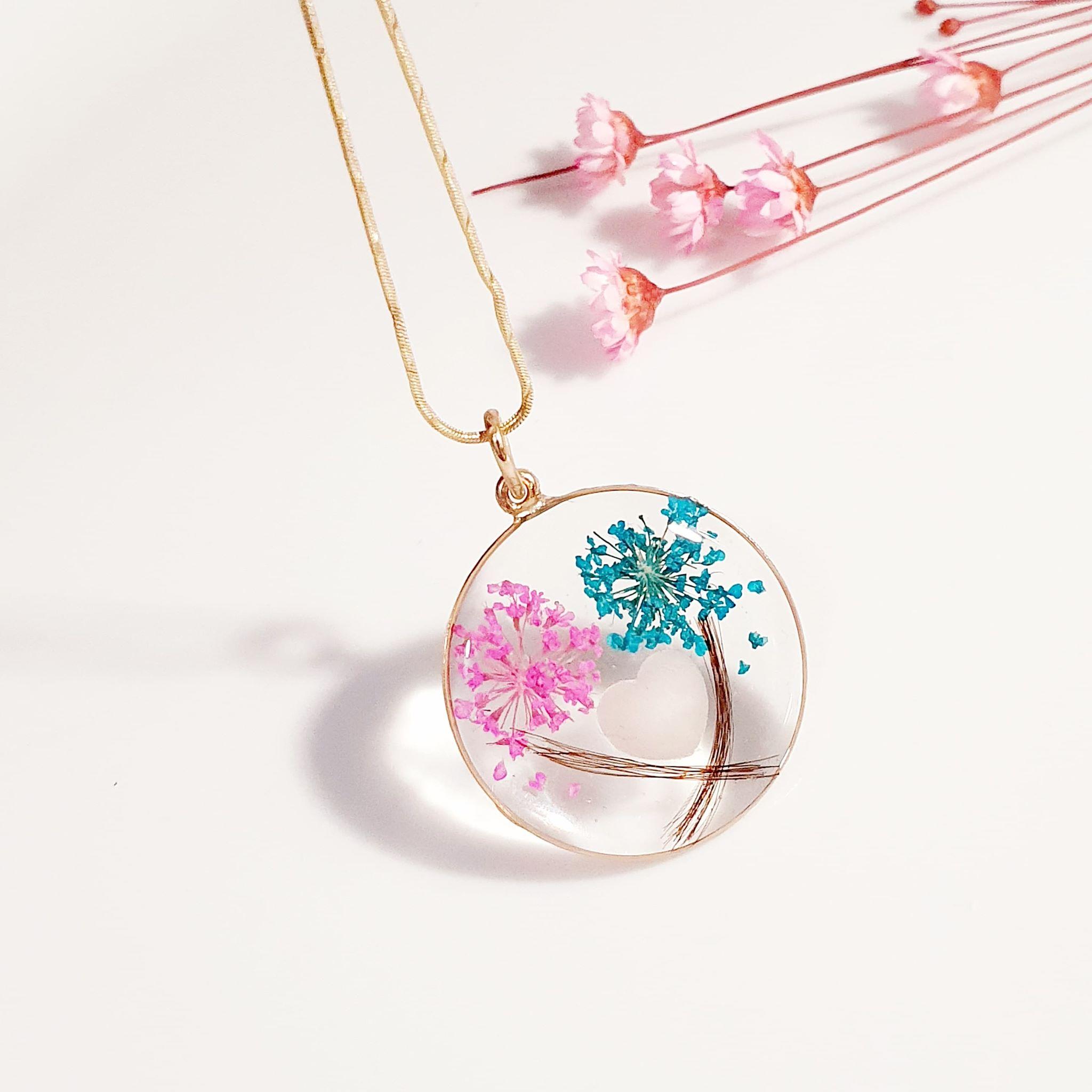 Aniami's Boutique- atelierul ce face bijuterii cu lapte matern
