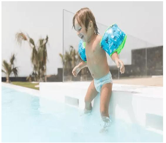 Haine de plajă cu protecție UV pentru copii