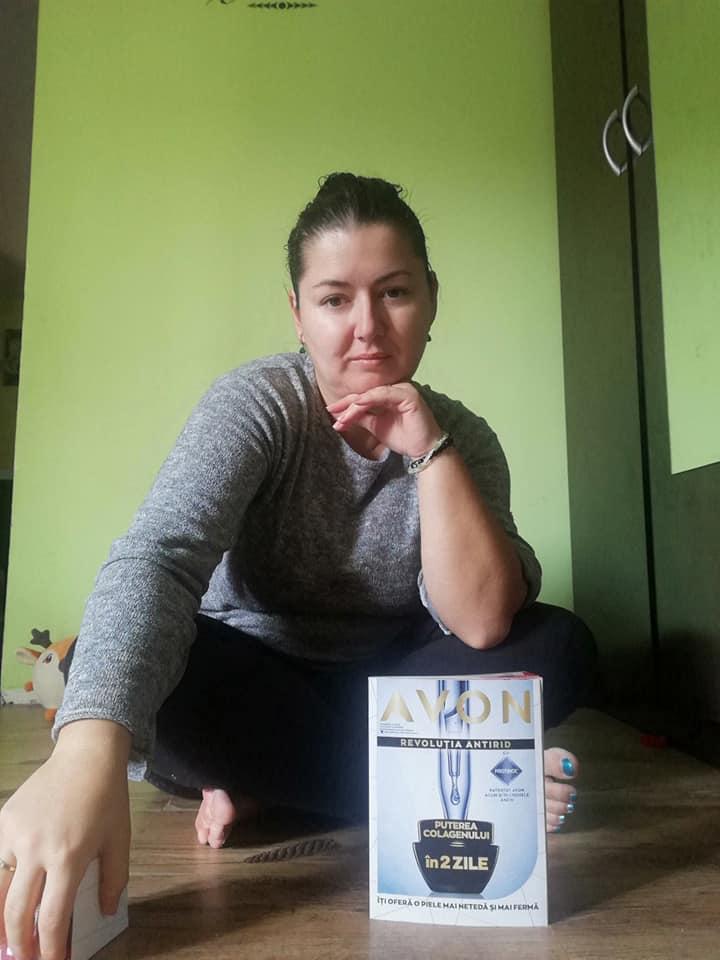 Am testat crema de zi Anew Reversalist cu Protinol 35+